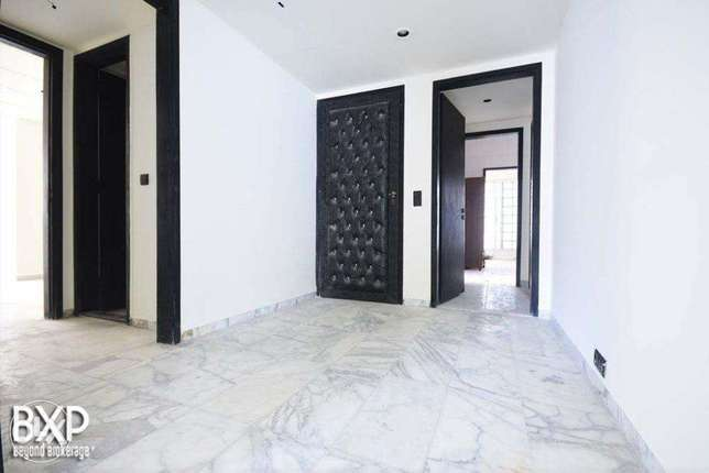 245 SQM Apartment for Rent in Beirut, Tallet Al Khayyat AP5440
