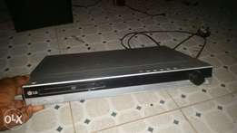 LG DVD player with usb port and mic jack