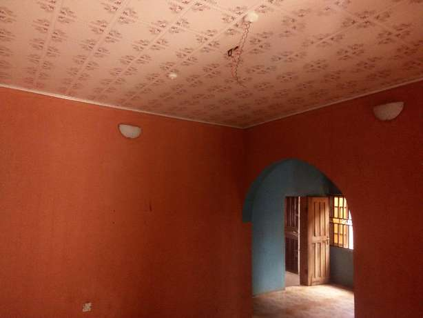Clean renovated 2 bedroom flat all tiles floor at white house command Alimosho - image 8