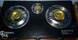 Sayona three burner cooker with gas pipe