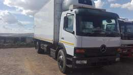 Mercedes Benz 1517 Atego fridge