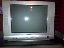 Colour TV - 54 cm - Wharfedale - With Remote- Excellent condition