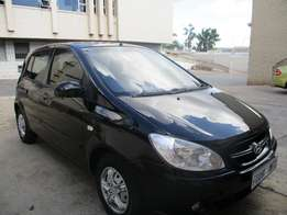 Hyundai getz 1.6 HB 2008 model 86000km black in color R56000
