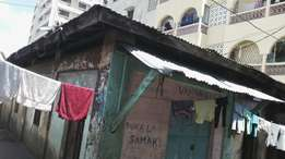A very Prime Swahili House at 8.7M within Mombasa City Centre on Sale