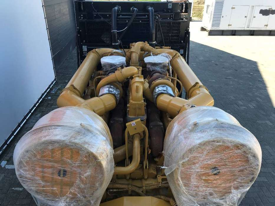 Caterpillar 3516B - 2.250 kVA Generator - DPX-25033 - 2014 - image 10