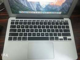 Apple Macbook Air 2011 core i7