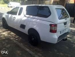 2013 chevrolet bakkie with canopy 1.6 for sale