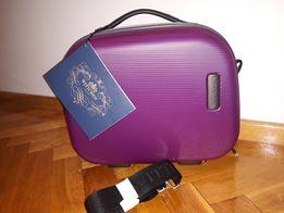 2602f6dbc92e1 Nowa Fioletowa Wittchen kosmetyczka kuferek walizka z paskiem