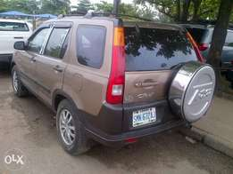 Xcellent Ist body used honda cr v gold is