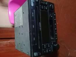 Follow come Nissan 6 CD changer for sale