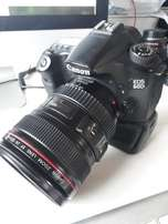 Canon 60D with 24-15mm f4.0