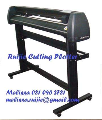 Best Selling Cutting Plotter only for R 6500.00 Cash only Edenvale - image 2