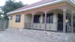 Kiirraa mmamerito rd four bedrom bungalo at 288milion
