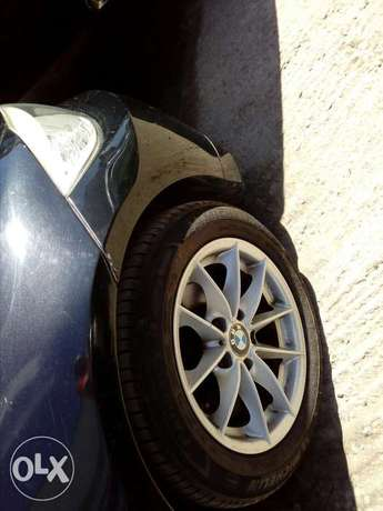 Bmw 320I fresh import new plate number fully loaded with alloy wheels Mombasa Island - image 3
