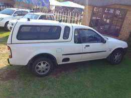 Ford Bantam 1.6 XLT 2004 model with 21800km Canopy