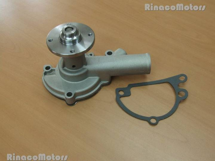 Iseki Vodyanaya pompa  TX1500 spare parts for  mini tractor