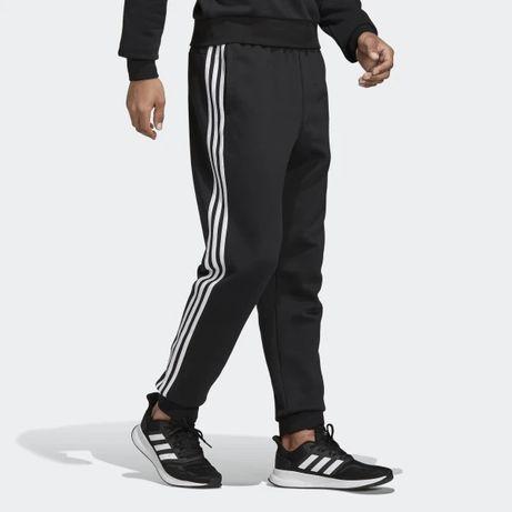 ADIDAS spodnie dresowe DQ3095 originals essentials r.S,M,L