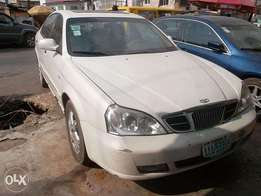 Daewoo magnus white color