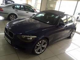 2012 BMW 118i with sunroof