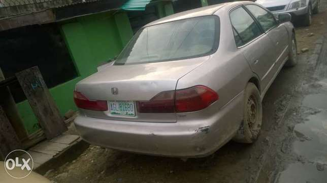 Registered Honda Accord 2000model V6 Surulere - image 1