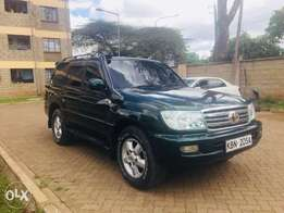 Toyota Land Cruiser vx (trade in accepted)