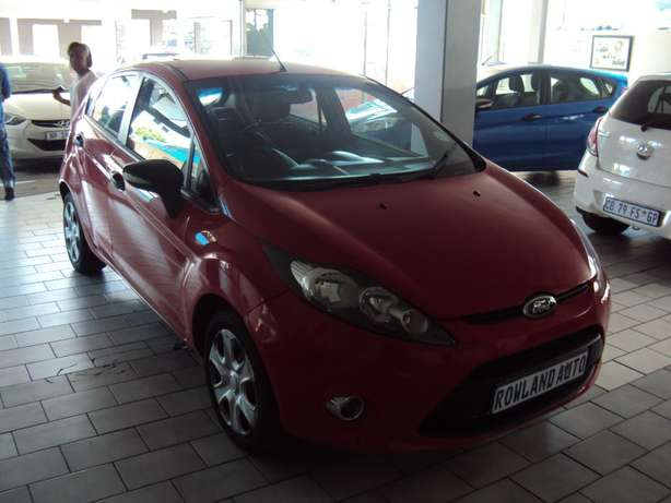 2012 Ford Fiesta 1.6 for sell R105000 Bruma - image 3