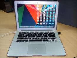 Apple MacBook Air 13' Core i5