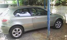 Alfa 147 2,0ts 2003 interior spotless. need minor body att.