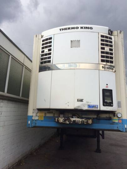 Schmitz Cargobull SKO 18 Tiefkühler Thermoking SL400E LBW - 2003
