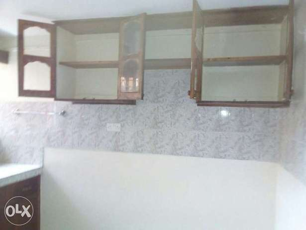 Excellent well build two bedrooms now letting Ruaka - image 3