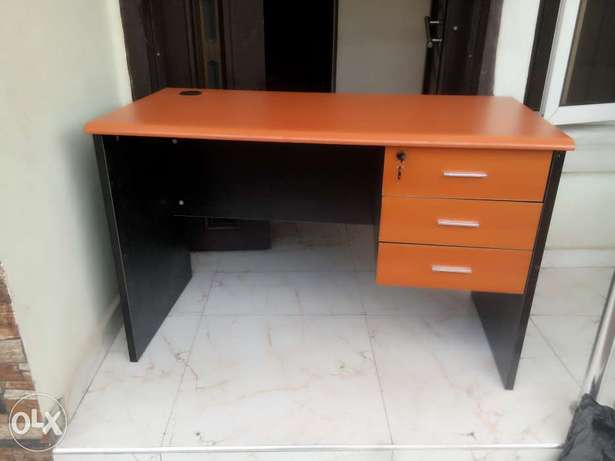 WS Strong office table Ikeja - image 1