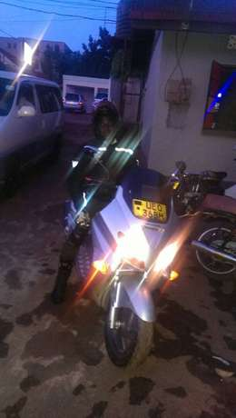 Selling my Honda bike with all protective gears for your safety . Wakiso - image 3
