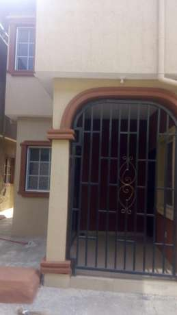 Executives new 2bedroom 230k and 3bedroom flat 350k with 4t at igando Igando/Ikotun - image 8