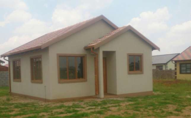 New Houses for sale in East of Johannesburg Benoni - image 1