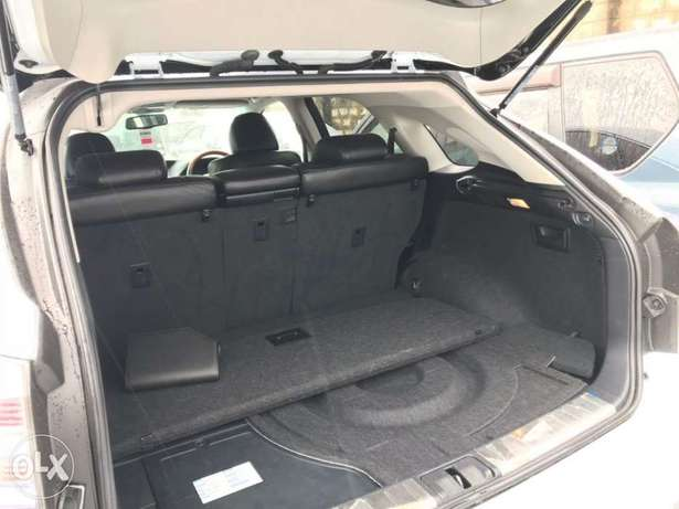 2010 model of Pale white Lexus rx450h KCP number Mombasa Island - image 6