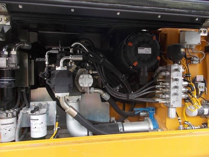 Liebherr R922 Lc Litronic - 2014 - image 8