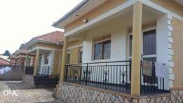 Kiwatule 2bedremed semi - detached house for rent at 600k