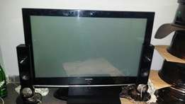 Samsung 42 inch TV with DVD and surround sound