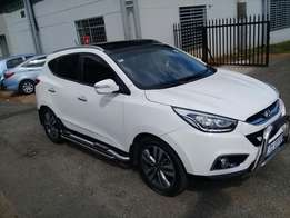 Hyundai ix35 2.0 sunroof 2015 model