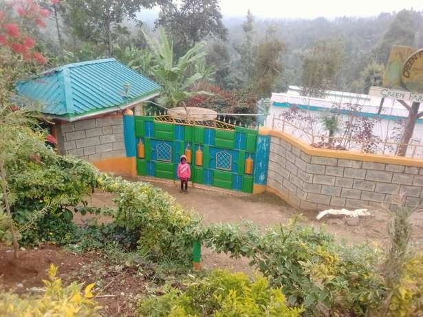 Very lucrative plot at witeithie Thika next opposite to Mangu school Thika - image 8