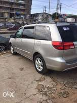 2005 Toyota Sienna For Sale.