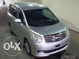 Toyota noah suv van 2010 fully loaded, finance terms accepted