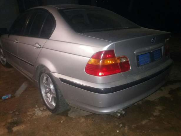 Im selling my bmw e46 evrything still working good or we can swop Mbombela - image 3