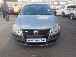 vw polo 1.4 hb 2009 model silver colour