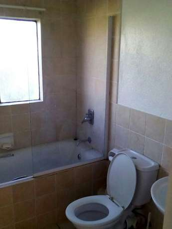 Apartment to rent Mid Illovo - image 2