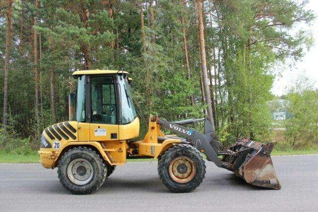Volvo L 30 Bzx - Mit Schaufel Und Gabel - 2004 - image 3