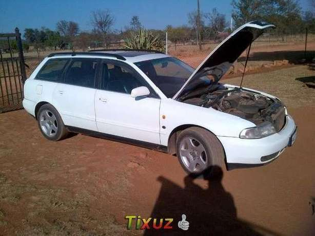 AUDI A4 1.8T Station Wagon for sale Pretoria East - image 2