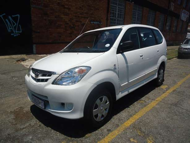 2009 Toyota Avanza 1.3 Available for Sale Johannesburg - image 2