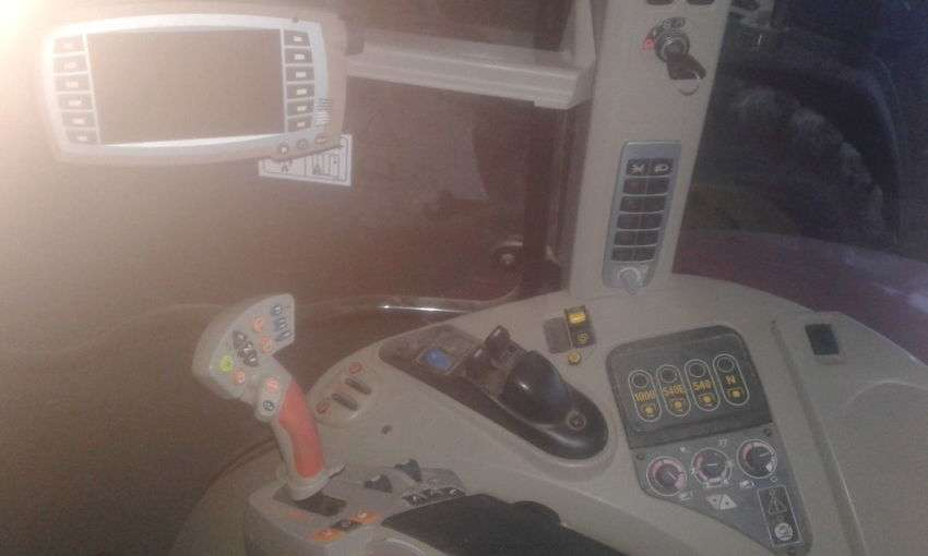 Massey Ferguson 7620 dyna vt exclusive - 2013 - image 9