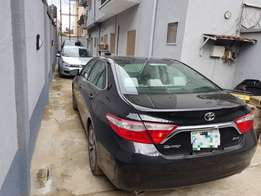 Super clean 2015 model Toyota Camry V6 XLE for sale